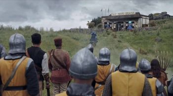 Bud Light Super Bowl 2018 TV Spot, 'The Bud Knight' - Thumbnail 4