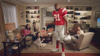 Pizza Hut Super Bowl 2018 TV Spot, 'Free Pizza Faster' Feat. Terrell Owens - Thumbnail 4