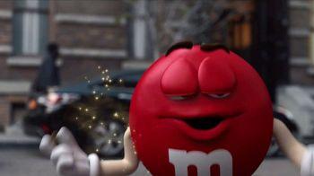M&M's Super Bowl 2018 TV Spot, 'Human' Featuring Danny DeVito, Todrick Hall - Thumbnail 3