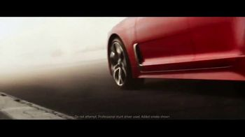 2018 Kia Stinger TV Spot, 'What Every Racer Needs' Feat. Emerson Fittipaldi - Thumbnail 4