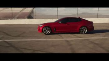 2018 Kia Stinger TV Spot, 'What Every Racer Needs' Feat. Emerson Fittipaldi - Thumbnail 7
