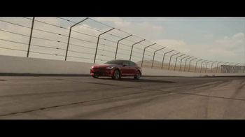 2018 Kia Stinger TV Spot, 'What Every Racer Needs' Feat. Emerson Fittipaldi - Thumbnail 8