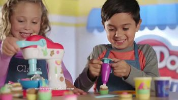 Play-Doh Kitchen Creations Spinning Treats Mixer TV Spot, 'Silly Sweets' - Thumbnail 5