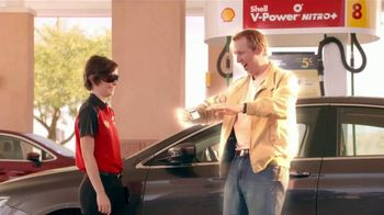 Shell Fuel Rewards Program TV Spot, 'The Effect of Instant Gold Status'