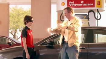 Shell Fuel Rewards Program TV Spot, 'The Effect of Instant Gold Status' - Thumbnail 6