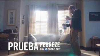 Febreze TV Spot, 'Poemas de olor: sofá' [Spanish] - Thumbnail 7