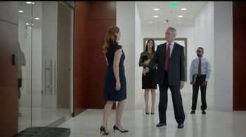 La Quinta Inns and Suites TV Spot, 'How to Win@Business: The Handshake' - Thumbnail 5