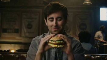 McDonald's Big Mac TV Spot, 'Historias de amor' [Spanish] - Thumbnail 6