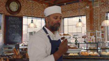 Denny's Dulce de Leche Crunch Pancakes TV Spot, 'Favorite Bakery' - Thumbnail 9