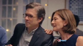 Crest 3D White Luxe TV Spot, 'Dinner Date' - Thumbnail 3