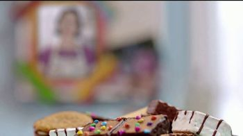 Little Debbie TV Spot, 'Abuelita Bety' [Spanish] - Thumbnail 2
