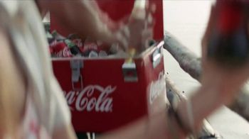Coca-Cola Super Bowl 2018 TV Spot, 'The Wonder of Us' - Thumbnail 2