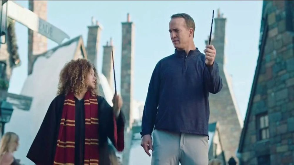 Universal Parks Super Bowl 2018 TV Commercial, 'Vacation QB' Feat. Peyton Manning
