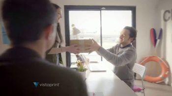 Vistaprint TV Spot, 'Paraguas' [Spanish] - Thumbnail 7