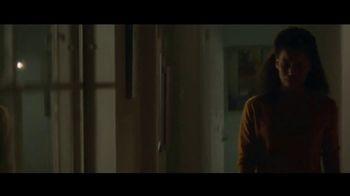 Amazon Echo Spot TV Spot, 'Humanitarian' Featuring Rebel Wilson - Thumbnail 9