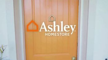 Ashley HomeStore Presidents' Day Sale TV Spot, 'Bring Home the Savings' - Thumbnail 1