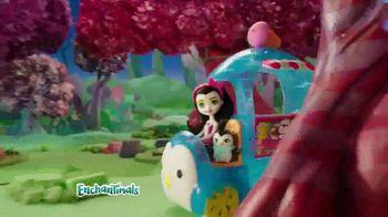 Enchantimals Wheel Frozen Treats Igloo TV Spot, 'Ice Cream Treats' - Thumbnail 2