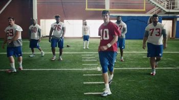 NFL Super Bowl 2018 TV Spot, 'Touchdown Celebrations' Featuring Eli Manning - Thumbnail 4