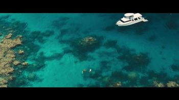 Tourism Australia Super Bowl 2018 TV Spot, 'Dundee: This Isn't a Movie' - Thumbnail 9