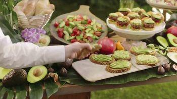 Avocados From Mexico Super Bowl 2018 TV Spot, 'Guac' Ft. Chris Elliott - Thumbnail 7