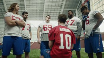 NFL Super Bowl 2018 TV Spot, 'Thumb War' Feat. Eli Manning, John Jerry - Thumbnail 7