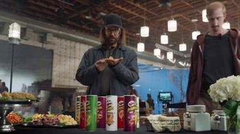 Pringles Super Bowl 2018 TV Spot, 'WOW' Featuring Bill Hader