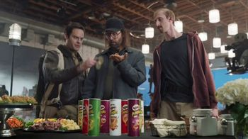 Pringles Super Bowl 2018 TV Spot, 'WOW' Featuring Bill Hader - Thumbnail 6
