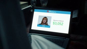 TurboTax Live Super Bowl 2018 TV Spot, 'The Noise in the Attic' - Thumbnail 8