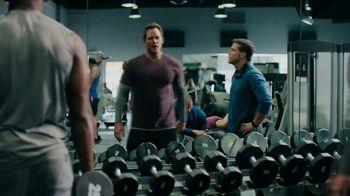 Michelob Ultra Super Bowl 2018 TV Spot, 'The Perfect Fit' Feat. Chris Pratt - Thumbnail 5