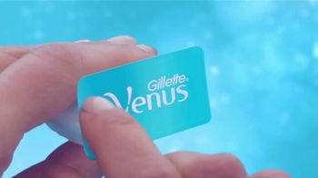 Venus Extra Smooth Platinum TV Spot, 'A New Way to Smooth' - Thumbnail 1