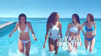 Venus Extra Smooth Platinum TV Spot, 'A New Way to Smooth' - Thumbnail 10