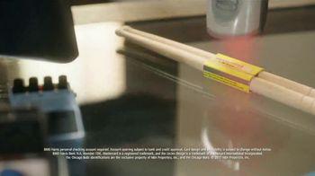 BMO Harris Bank Bulls Debit Mastercard TV Spot, 'Needs More Drumstick' - Thumbnail 7