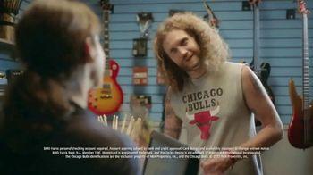 BMO Harris Bank Bulls Debit Mastercard TV Spot, 'Needs More Drumstick' - Thumbnail 8