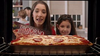 DiGiorno Crispy Pan Pizza TV Spot, 'Directo a tu mesa' [Spanish] - Thumbnail 1