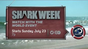 Esurance TV Spot, 'Discovery Channel: 2017 Shark Week' - Thumbnail 9