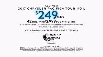 Chrysler Summer Clearance Event TV Spot, 'Discover' [T2] - Thumbnail 5
