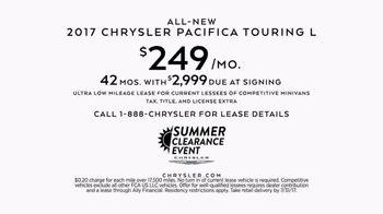 Chrysler Summer Clearance Event TV Spot, 'Discover' [T2] - Thumbnail 4