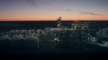 Koch Industries TV Spot, 'Embrace Challenge' - Thumbnail 8