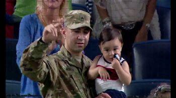 Budweiser TV Spot, 'MLB Military Moments' - Thumbnail 7