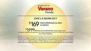 Honda Celebración de Verano TV Spot, '2017 Civic LX Sedan' [Spanish] [T2] - Thumbnail 9