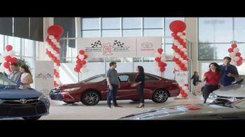 Toyota Camry One Event TV Spot, 'Campeón' con Daniel Suárez [Spanish] [T2] - Thumbnail 1