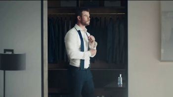 BOSS Bottled Tonic TV Spot, 'Man of Today' Featuring Chris Hemsworth - Thumbnail 2