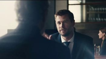 BOSS Bottled Tonic TV Spot, 'Man of Today' Featuring Chris Hemsworth - Thumbnail 6