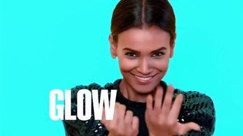 L'Oreal Paris Infallible Pro-Glow TV Spot, 'Go Pro' - Thumbnail 4