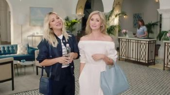 Priceline.com Express Deals TV Spot, \'Best Friends\' Featuring Kaley Cuoco