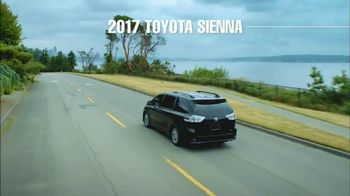 2017 Toyota Sienna TV Spot, 'Time for Life: Cash Back' [T2] - Thumbnail 3