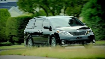 2017 Toyota Sienna TV Spot, 'Time for Life: Cash Back' [T2] - Thumbnail 5