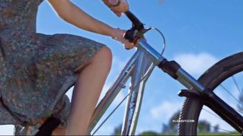 Old Navy TV Spot, '#SayHi to the Tiered Cami Dress' Song by Icona Pop - Thumbnail 8