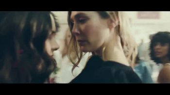 H&M TV Spot, '2018 Spring Collection: Dress' Featuring Winona Ryder - Thumbnail 5