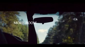 MINI Countryman TV Spot, 'More Moments to Discover' Song by Alice Merton